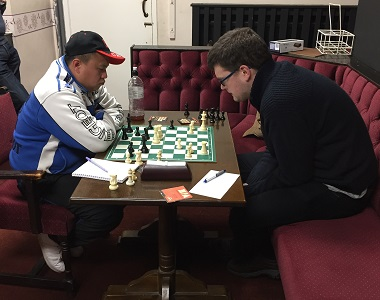 Two of the highest rated players in the league (Darwin Ursal and Matthew Parsons) produced a suitable tense and gripping battle.